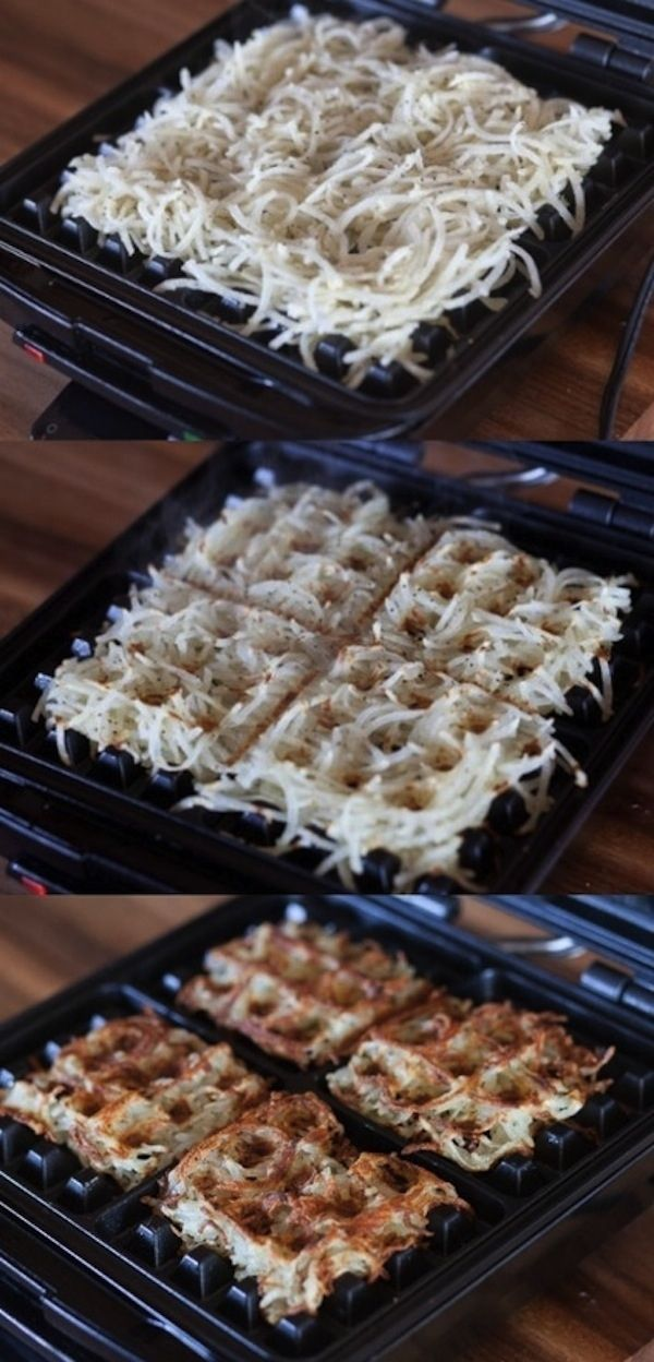 Make crispy hashbrowns in a waffle iron. | 25 Easy Breakfast Hacks To Make Your MorningBrighter