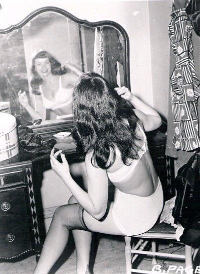 Vintage vanity, Fall 2012: Rendez-vous
