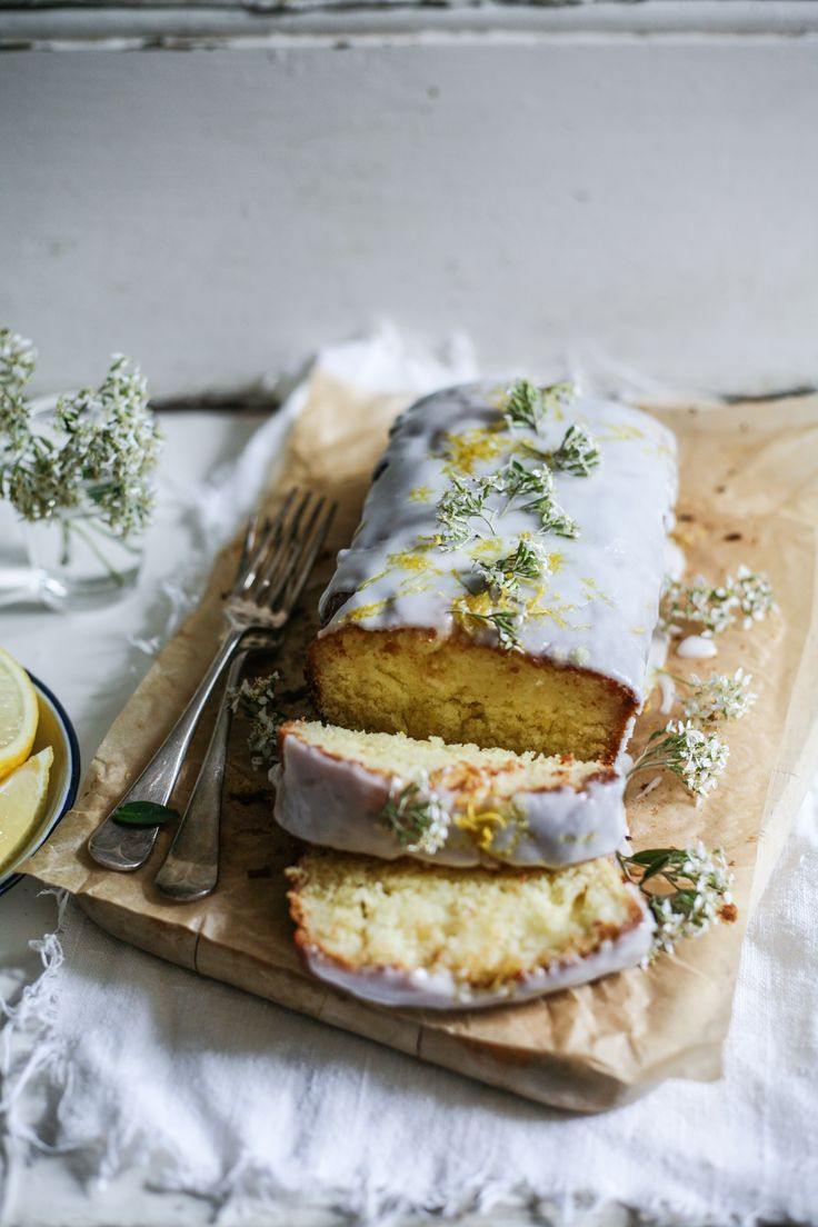Lemon & Elderflower Drizzle Cake