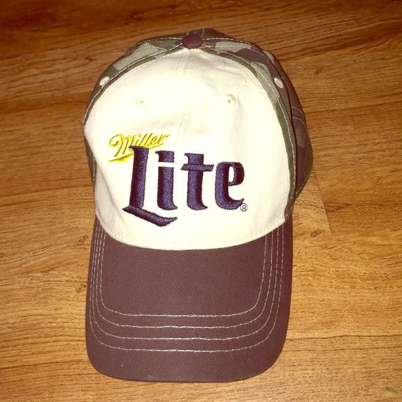 Miller Lite Camo hat Miller Lite camo hat! I have so many hats I never wear this one. Other