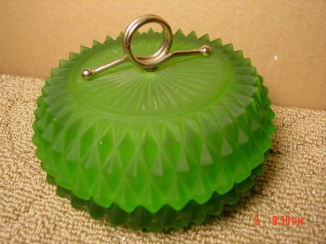 Vintage,Green,Dresser Jar,Vanity,Powder,Satin Glass ie.picclick.com