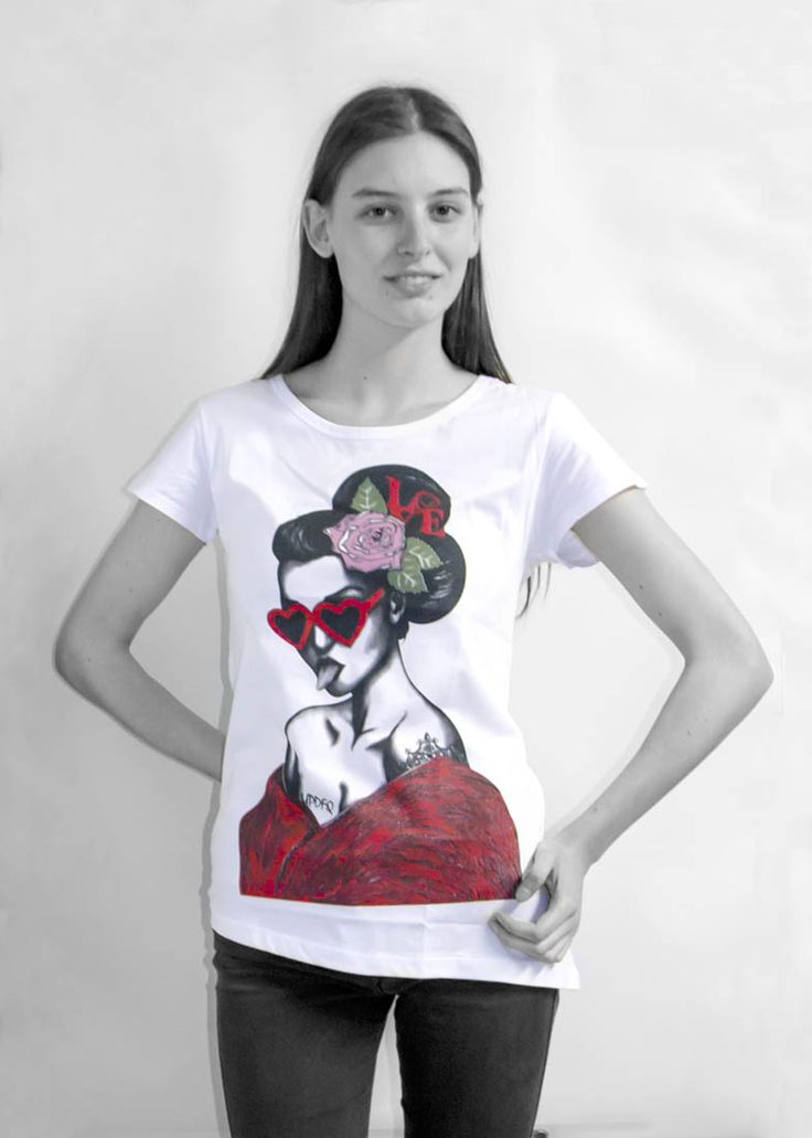 New t-shirt by updfq brand. Only available on our website: http://www.updfq.it/prodotto/t-shirt-geisha-donna/  100% made in italy