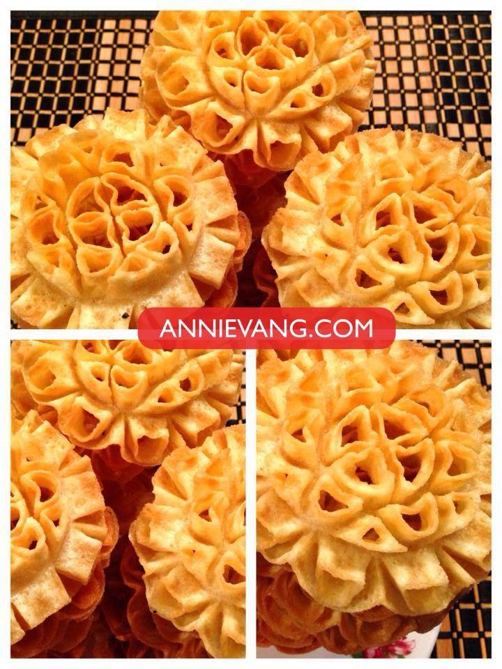 Lotus Flower Blossom Cookie Recipe | annievang.com