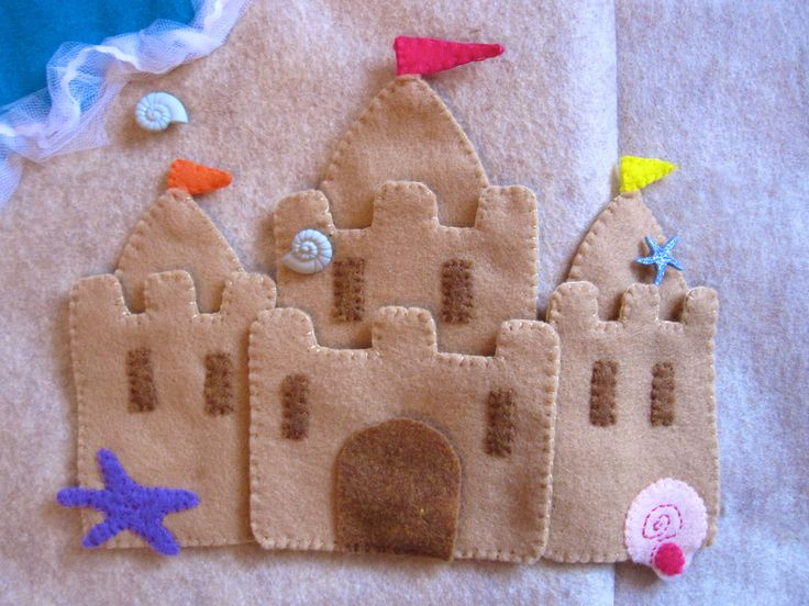 Sandcastle Quiet Book Page. This blog is amazing! Some of the coolest quiet book pages I've seen, she also offers patterns! <3 imagineourlife.com