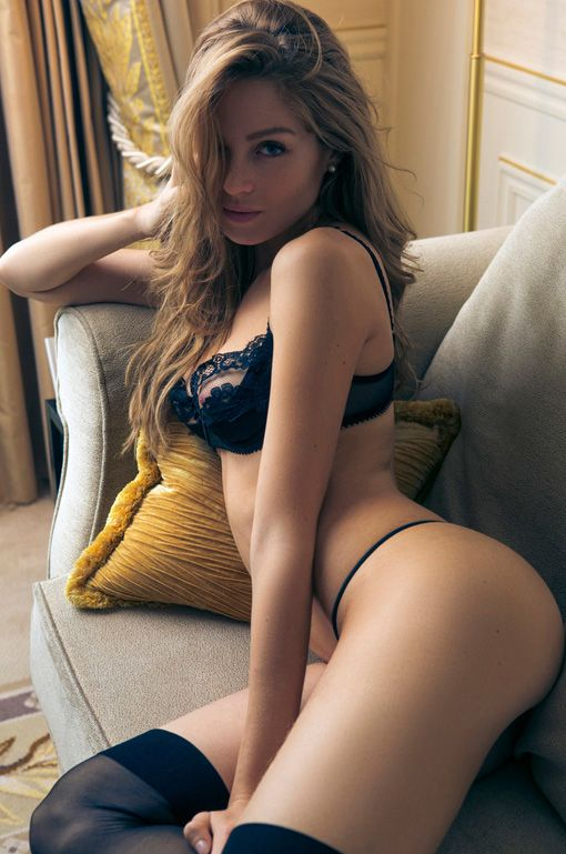 Sexy Amateur Nude Women