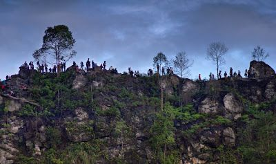 PERGIPEDIA  - Wisata Batu Dinding, Tembok Besar Cina Versi Kalimantan…