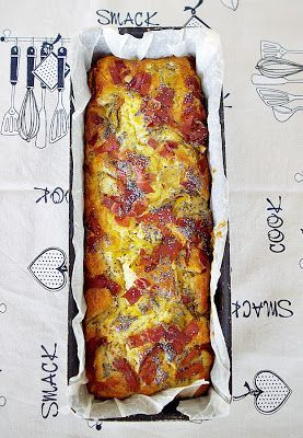 Buongiorno, il plum cake salato con carciofini e prosciutto è l'ideale per accompagnare salumi e formaggi, ma naturalmente buonissimo anche da solo, nell'impasto carciofini sottolio e prosciutto crudo