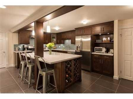 Cowry kitchen cabinets toronto ottawa kitchen cabinets for Kitchen cabinets calgary