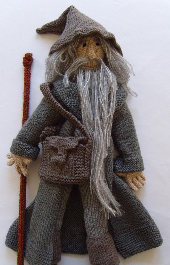 Knitting pattern for Gandalf the Grey toy doll