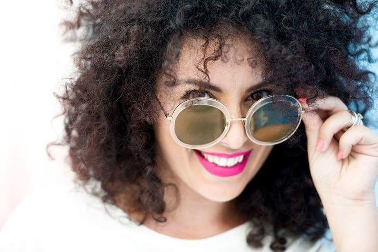 #16agosto #beyouty #lookmaker  E con queste bellissime giornate di sole anche il nostro sorriso deve splendere ancor di più: valorizzate le vostre labbra con un bel colore magari un bel fucsia  Photo credit_Michele Abate  www.beyouty.me  #VitaDaLookmaker #agosto #ferie #love #lipstick #rossetto #rossettorosso #makeupartist #MakeUp #instamakeup #lips #smile #happy #sunny #estate2016 #instafashion #fashioninsta #fashion #style #fashionblogger #look #looktherapy #lookoftheday #tips