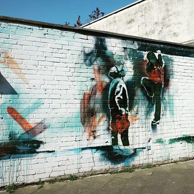 **Monheim Straße, Oberbilk ** #düsseldorf #dusseldorf #duesseldorf #nrw #Deutschland #germany #igersduesseldorfofficial #lovedüsseldorf #ig_düsseldorf #landeshauptstadt #dus #schönstestadtamrhein #0211 #nullzwoelf #thisisdüsseldorf #mydüsseldorf #likedüsseldorf #grafitti #art #wallart #instagrafitti #sprayart #spray #streetart #spraypaint #wallpicture #fassade #instalikes #urbanart #sreetartatlasdüsseldorf