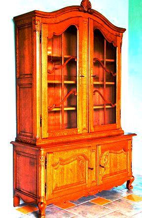 Обновляем старую мебель и дарим ей вторую жизнь. Допустим, есть в квартире мебель, которая надоела жильцам, а выбросить жалко или средств на новую нет.http://maksimmka.ru/obnovlyaem-staruyu-mebel/