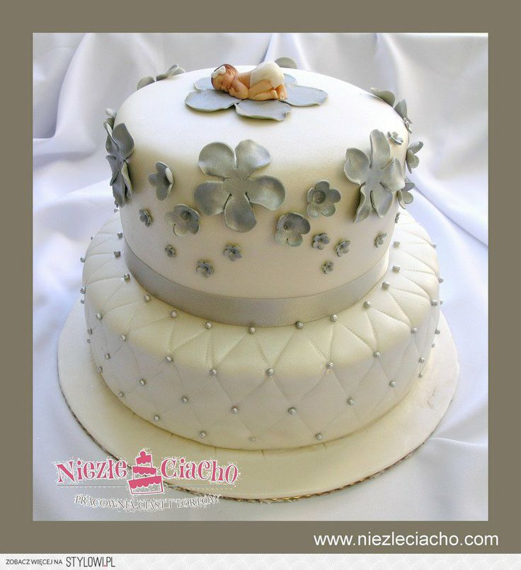 Tort z dzidziusiem, chrzest, chrzciny, tort chrzcielny, dzidziuś, dziewczynka, tort z kwaitami, tort piętrowy, biało-szary tort chrzcielny