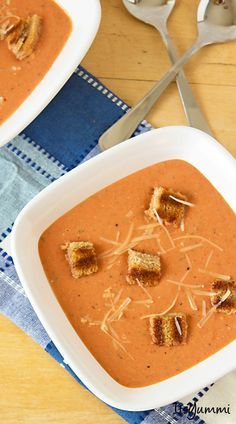Homemade Cream of Tomato Soup with Grilled Cheese Croutons - Get the recipe at ItsYummi.com