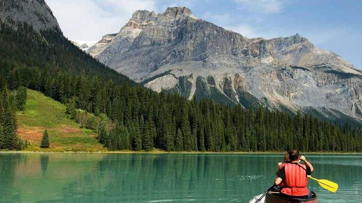 Découvrez 5 sites de camping au Québec, sur le bor...