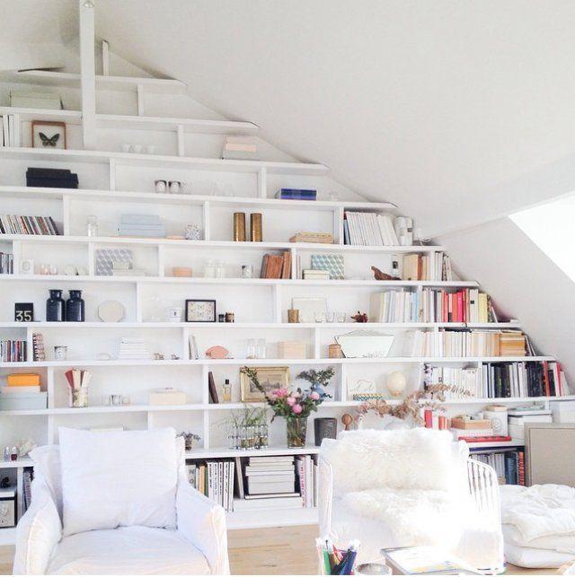 L'épingle du jour - Une grande bibliothèque Pin of the day - A large bookcase