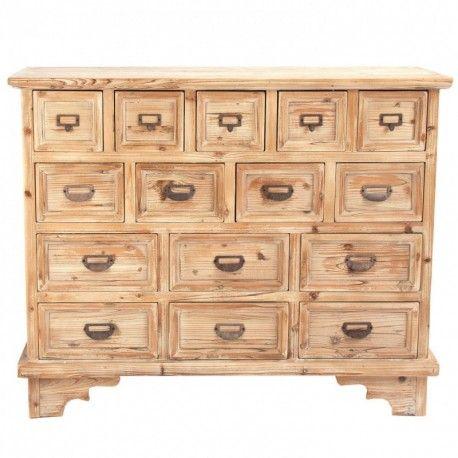 Cómoda con múltiples cajones y detalles metálicos  Realizada en madera maciza de abeto.