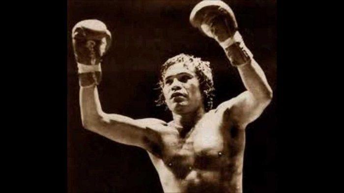 "Rubén ""Púas"" Olivares, una leyenda del boxeo mundial... http://www.teckler.com/es/HigaSan/Rub%C3%A9n-P%C3%BAas-Olivares-una-leyenda-del-boxeo-mu-274757"