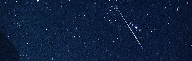 Mis ze niet: donderdag zijn er 85 vallende sterren per uur te zien - http://www.ninefornews.nl/mis-ze-niet-donderdag-zijn-er-85-vallende-sterren-per-uur-te-zien/