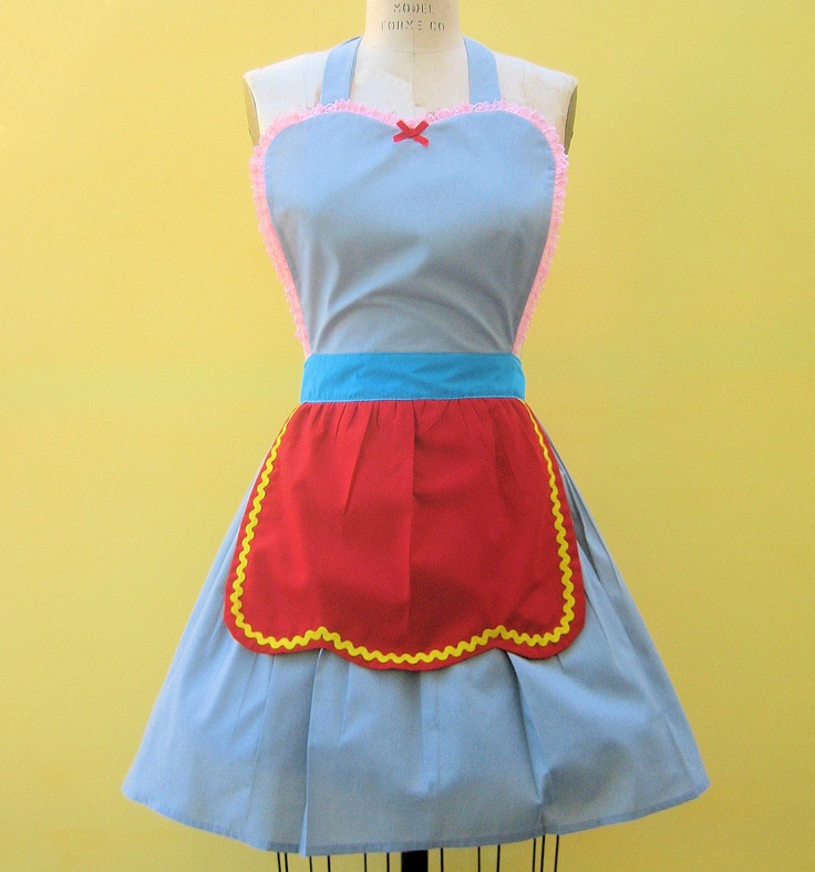 Retro apron DUMBO Circus apron great party hostess gift womens full apron that is vintage inspired. $28.50, via Etsy.
