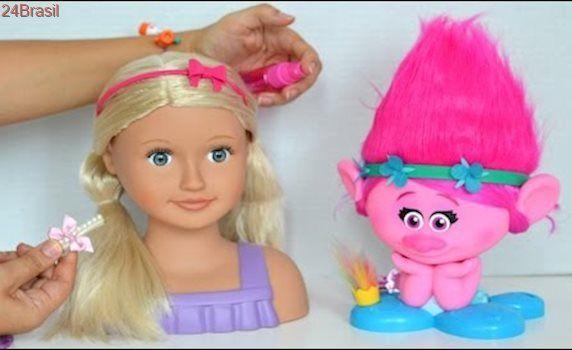 Trolls Poppy e Our Generation cabeça de boneca Meninos Vs Meninas Desafio Penteado de Cabelo!!!