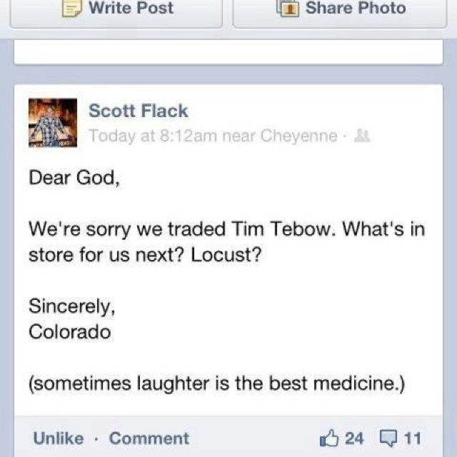 Hehe: Sooo Funny, Giggle, Sports Items, Tim Tebow A, Funny Stuff, Tebow A Real