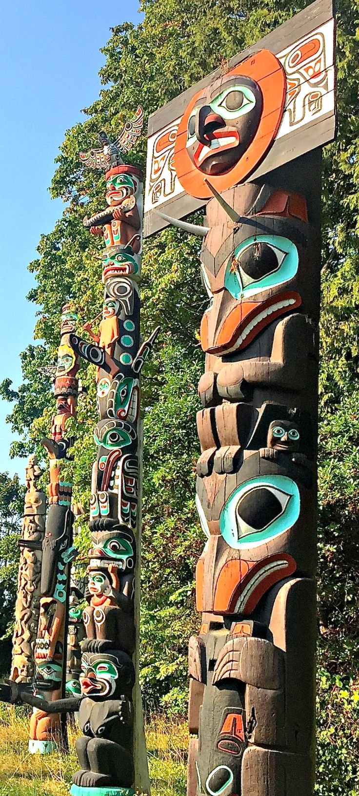 First Nations #totempoles in Vancouver, Canada's Stanley Park via @rtwgirl