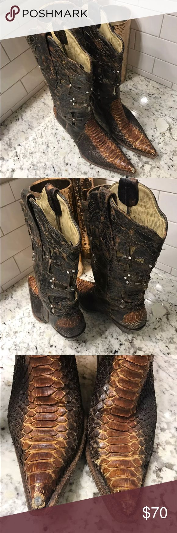 Corral snakeskin cowboy boots Euc, only wear is really on the toe as shown in the pics. These have the cut out crosses with rhinestones. Super cute, received many compliments on these! Hate to see them go but I have so many!! I ship everyday!! corral Shoes