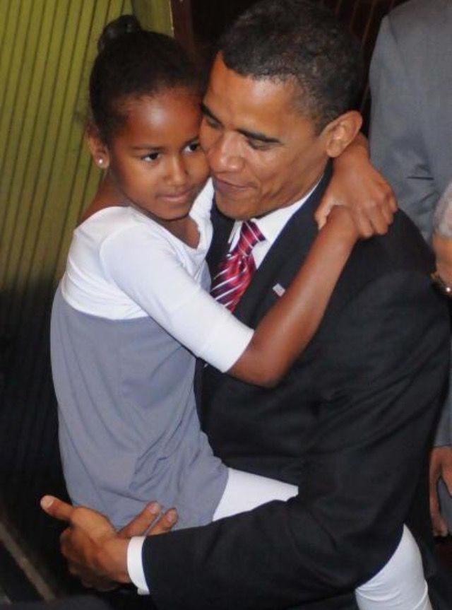 44th US President Barack Obama and daughter Sasha