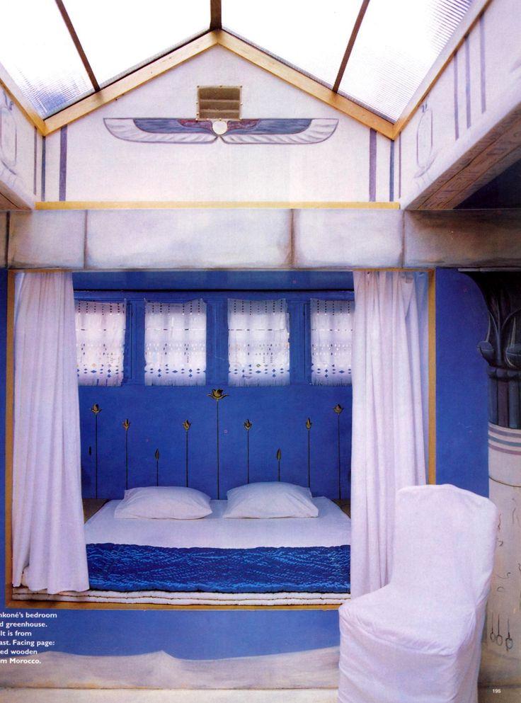 moroccan inspired bedroom with cobalt blue walls cobalt blue bedroom hotel collection bedding cobalt blue