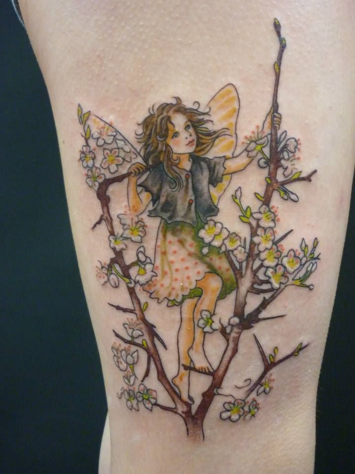 243 best elfjes tattoos images on pinterest fairies tattoo fairy tattoo designs and tattoo ideas. Black Bedroom Furniture Sets. Home Design Ideas