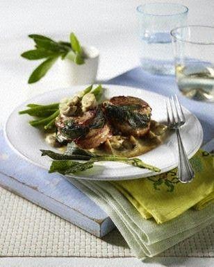 Schweinefilets mit Salbei und Bacon zu Pilz-Rahm und grünen Bohnen Rezept