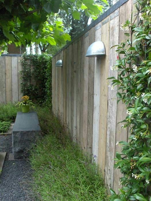 Schutting steigerhout idee n voor de tuinaccessoires pinterest - Outdoor patio ideeen ...