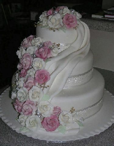 Most Beautiful Birthday Cake Images : Beautiful birthday cakes, Birthday cakes and Cakes on ...