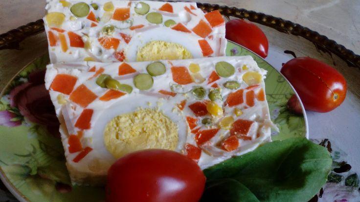 W kuchennym oknie Ewy: Kolorowa galareta -Terrina wielkanocna