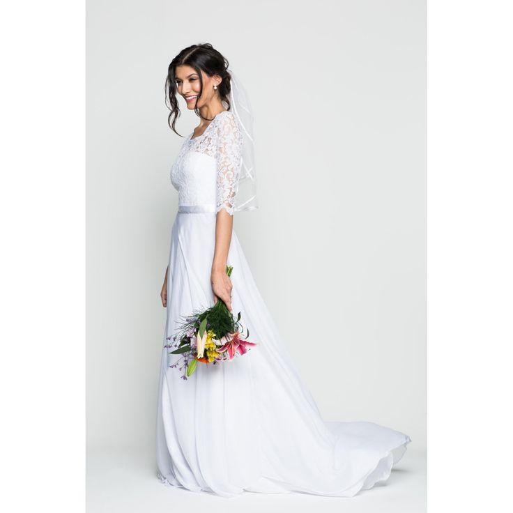 Vestido de Noiva Lakshmi   O Amor É Simples - R$999,90 em 5x sem juros, enviamos para todo o país.  . #oamoresimples #vestidodenoiva #noiva #noivado #casamento #bride #weddingdress #bridestyle #inesquecívelcasamento #love #amor #acessorio #fashion #estilo #beleza #accessory #vestidoromântico #lace #weddingdress