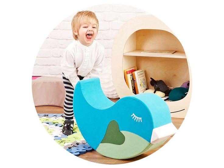 Vtáčik Gabo je navrhnutý ako jednoduchá pomôcka na udržiavanie rovnováhy. Návrh je inšpirovaný znakom Jin a Jang, ktorý spolu tvoria dva vtáčiky. Viacúčelový Vtáčik Gabo je taburetka, hojdačka, sedačka ... a dá sa použiť na veľa iných funkcií, ktoré deti jednoducho vymyslia.