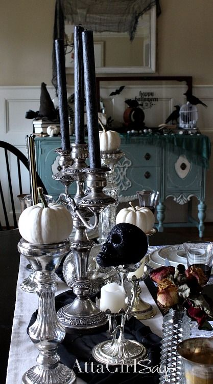 1000 halloween decorating ideas on pinterest diy for Gothic dining room design ideas
