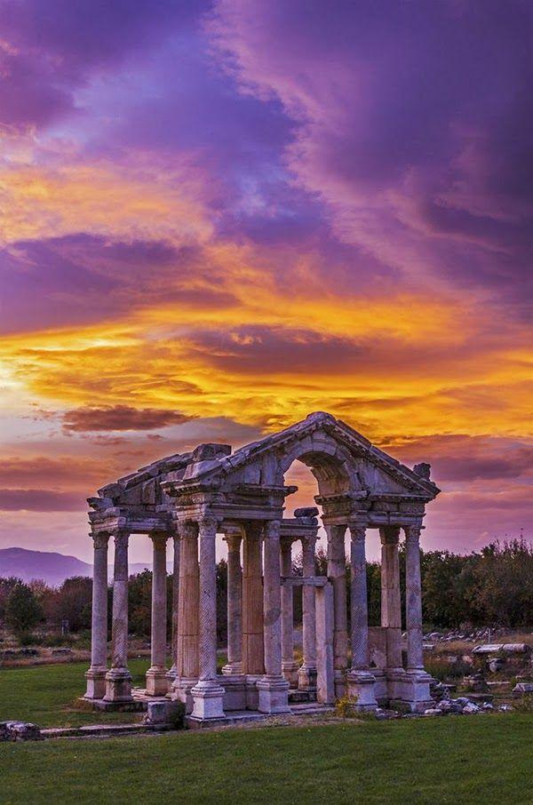 Temple of Aphrodite, Aphrodisias (ancient Greek city in Caria), Turkey