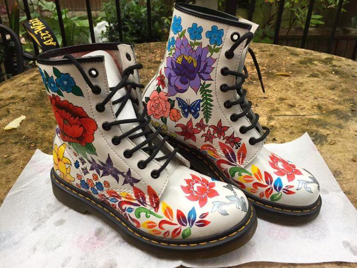 Custom Painted Dr Martens Boots, Adidas Superstar & Converse | Kleidung & Accessoires, Damenschuhe, Stiefel & Stiefeletten | eBay!