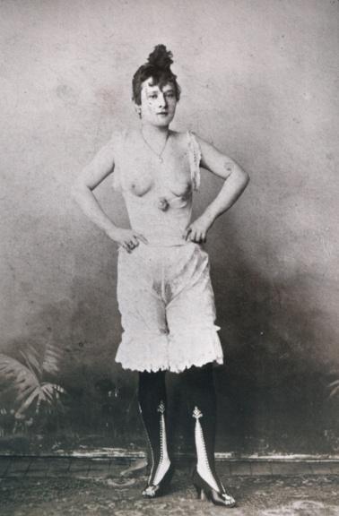 """The Burns Archive: La Goulue, """"The Glutton"""" Lautrec's Muse, Fallen Idol of Le Moulin Rouge"""