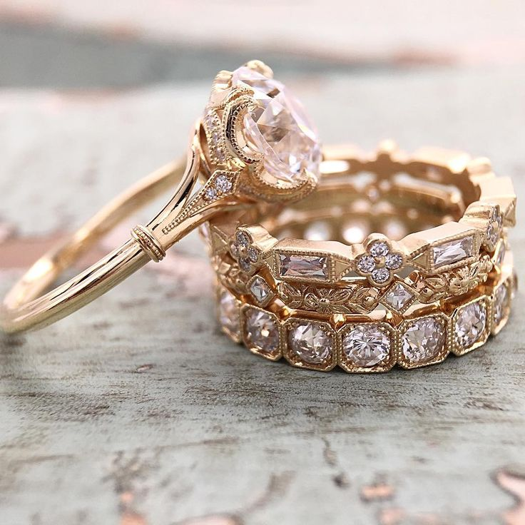 Love Affair Diamonds | Yellow gold and OEC with filigree