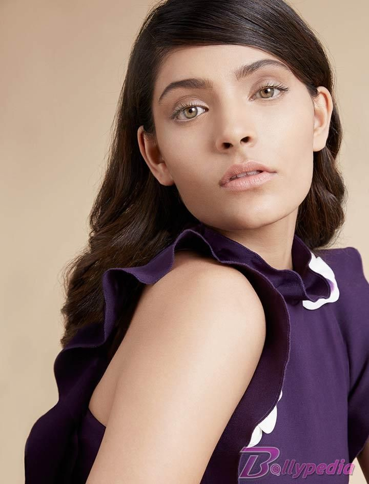 Verve - Saiyami Kher looks like a dream in vivid colours and serene style!