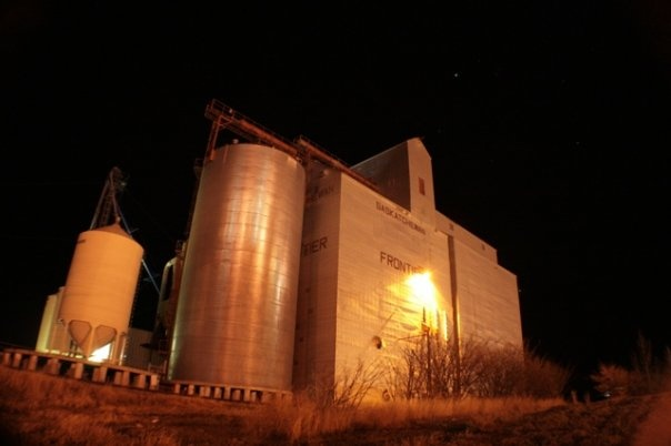 Grain elevator, Frontier, SK. Photo credit: Kyle Nelson