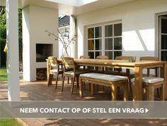 Wilt u het hele jaar door buiten zitten en genieten van uw tuin? Een houten veranda van Niek Roos BV is een stijlvolle oplossing voor uw woongenot.
