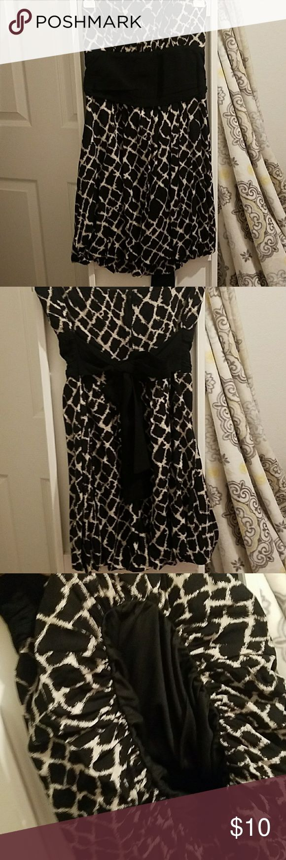 Tube top dress Tube top dress only worn once. True to size Medium. Styles For Less Dresses Backless