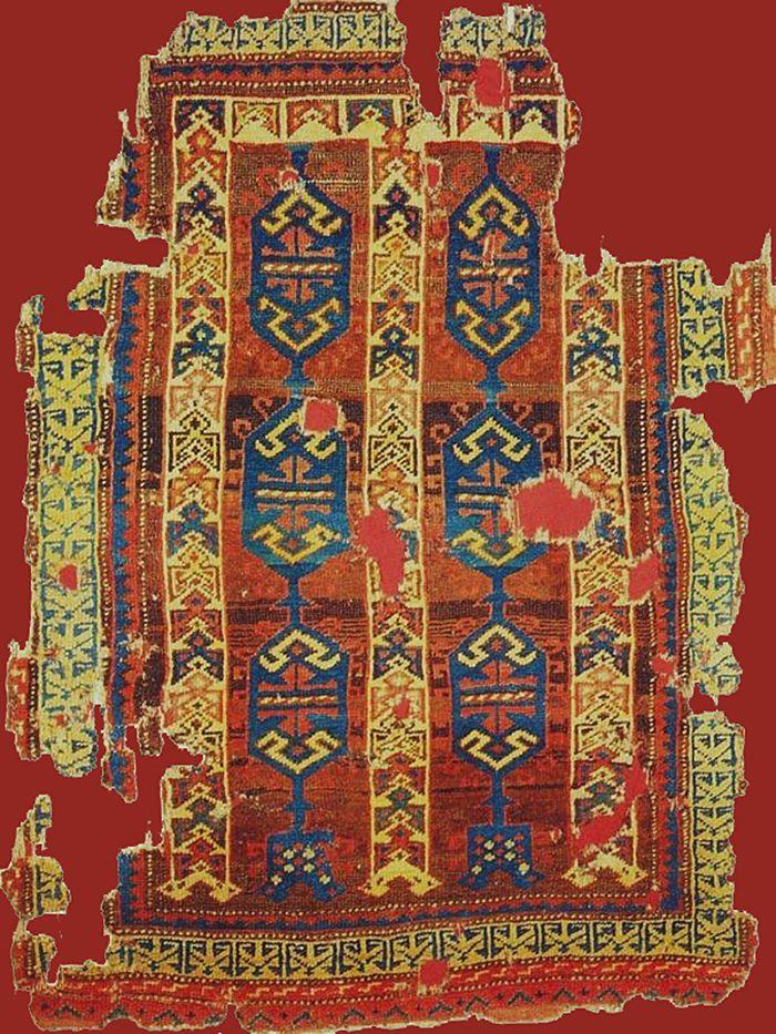 OTTOMAN CARPETS IN THE XVI - XVII CENTURIES (16-17TH CENTURIES) 16th century rug fragment. Turk ve Islam Eserleri Muzesi, Istanbul. İslam Sanatları Sergisi Kataloğu N:8