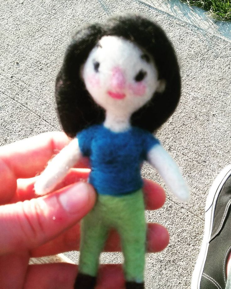 Little simple comission in process #doll #needlefelted #needlefelt #needlefelting #toy #art #handmade #craft #ellacanella