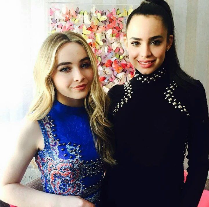 Sabrina Carpenter & Sofia Carson Snap the Best Photos Together in London
