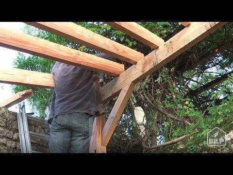 Comment Construire Un Appenti Bois comment construire un carport en bois - youtube   création garage